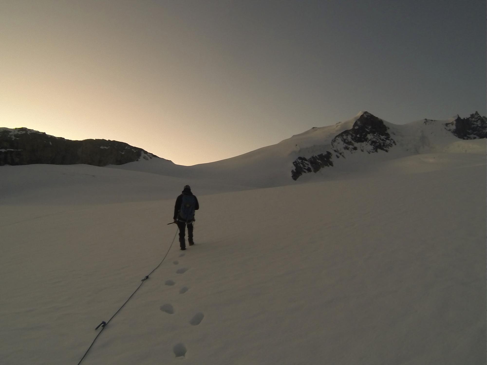 Tracuit Hütte Bishorn Cabane de Tracuit Turtmann Gletscher