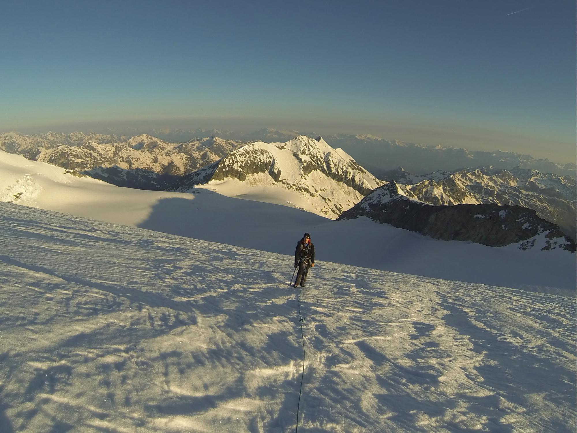 Bishorn Cabane de Tracuit Turtmann Gletscher